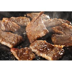 焼肉セット/焼き肉用肉詰め合わせ 【2kg】 味付牛カルビ・三元豚バラ・あらびきウインナー - 拡大画像