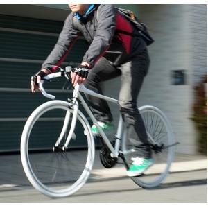 ロードバイク 700c(約28インチ)/ホワイト(白) シマノ21段変速 重さ/14.6kg 【Grandir Sensitive】 - 拡大画像