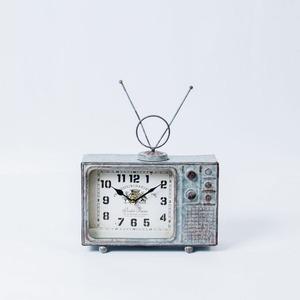 ヴィンテージモチーフクロック television(テレビジョン) シルバー - 拡大画像