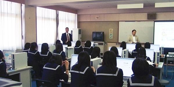 愛知県立一宮商業高校でドロップシッピング授業を開催
