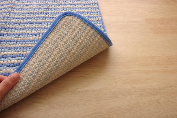 バスマット フロアマット 洗える 抗菌防臭 吸水 部屋干しOK ローズ 約50×75cmの商品説明